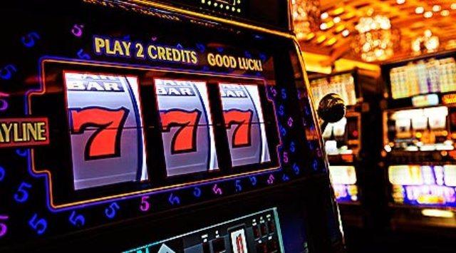 Играть онлайн на сайте казино Император