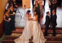 Однополая свадьба. Кадр nzherald.co.nz