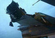 Су-24 на Хмеймим после обстрела 31.12.2017. Фото с ВК-страницы Романа Сапонькова