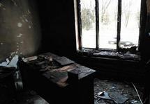 В кабинете Тимура Акиева после поджога. Фото: memohrc.org