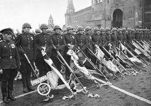 Парад Победы. Историческое фото