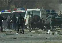 На месте теракта в Кабуле. Кадр Би-Би-Си