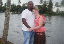 Викторимманувел Мани с женой. Фото с личной ВК-страницы
