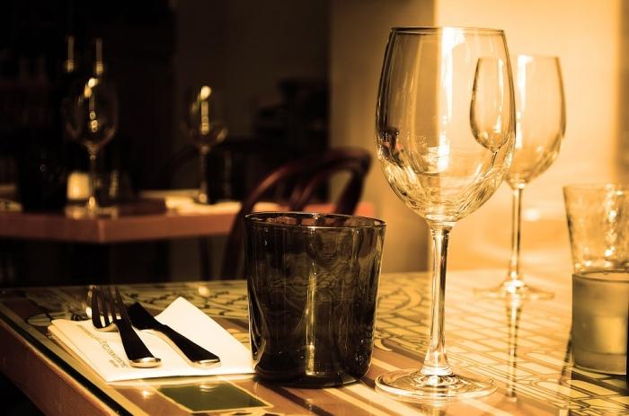 В рязанском кафе нелегально торговали водкой