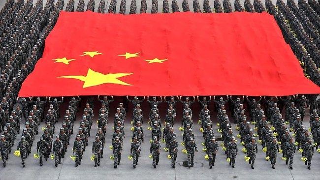 Видео: Китай готовится к войне