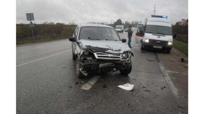 Под Белгородом девушка-водитель погибла, врезавшись в опору ЛЭП