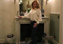 Екатерина Солоцинская в парижской квартире. Фото из личного Инстаграма