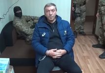 Задержание Абдусамада Гамидова. Кадр СКР