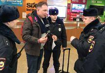 Задержание Романа Рубанова. Фото из личного Твиттера
