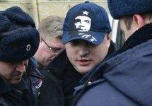 Провокатор, напавший на Всеволода Нелаева. Источник: ovdinfo.org