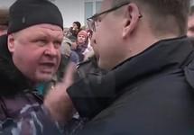 Демонстрант против Евгения Гаврилова. Кадр RTVI