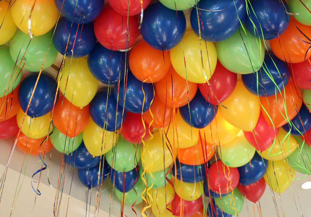 Услуги оформления торжества композициями из шаров