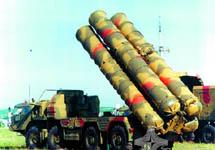 """ЗРК """"С-300"""". Фото с сайта www.guns.ru"""