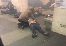 После взрыва в петербургском метро. Источник: @sranysovok