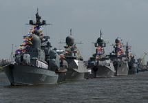 Корабли Каспийской флотилии на параде. Фото: mil.ru