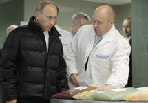 Владимир Путин и Евгений Пригожин. Фото: novayagazeta.ru