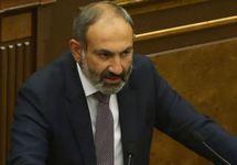 Никол Пашинян выступает в парламенте, 08.05.2018. Фото: photolure.am
