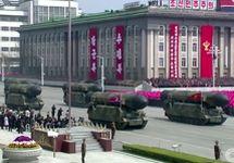 Баллистические ракеты на параде в КНДР. Кадр CNN