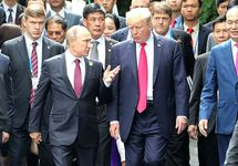 Владимир Путин и Дональд Трамп на форуме АТЭС. Фото: kremlin.ru