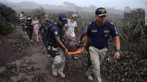 Эвакуация пострадавших в Гватемале. Фото: edition.cnn.com