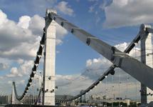 Крымский мост. Фото с сайта www.moscowvision.ru