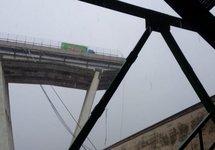 Рухнувший мост в Генуе. Фото: Управление чрезвычайных ситуаций Италии