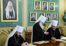 На заседании Священного Синода. Фото: patriarchia.ru