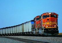 Китайский товарный поезд. Фото: xinfinance.com