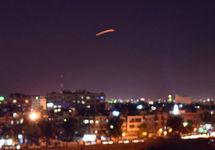 Ракета над Дамаском. Фото: sana.sy