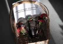 В редакцию «Новой» подбросили похоронный венок и баранью голову