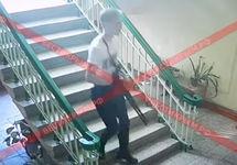 Опубликовано видео с камер наблюдения в керченском колледже