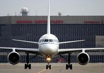 В Шереметьево самолет задавил человека на взлетной полосе