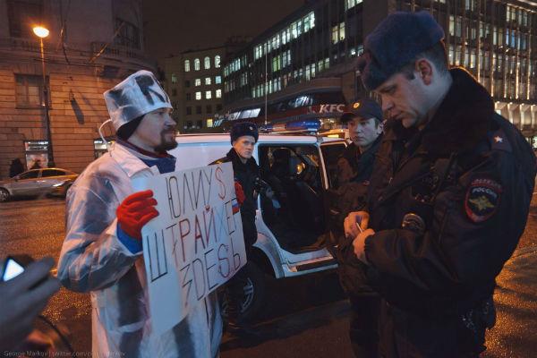 Петербург: активист Иванкин арестован на 10 суток за пикет к приезду Соловьева