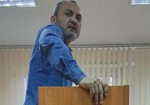 Правозащитник Хамроев оштрафован на 200 тысяч рублей по делу о фиктивной регистрации