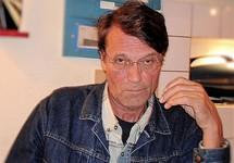 Поэт Куллэ задержан за попытку зарезать поэта Жданова