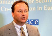 СМИ: Брат вице-президента Интерпола Прокопчука представляет Украину в ОБСЕ