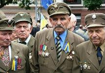 Порошенко приравнял ветеранов УПА к участникам боевых действий