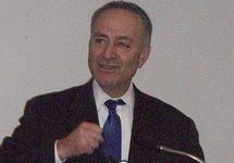 В Сенате США подготовлена резолюция против снятия санкций со структур Дерипаски