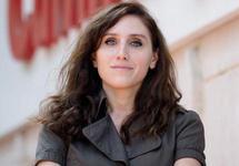 Турция: журналистка DW Ункер получила срок за статью об ошфорах экс-премьера Йылдырыма