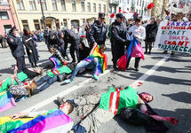 Российская ЛГБТ-сеть: В Чечне до смерти запытали двоих геев