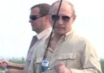 Суд обязал The Insider удалить материал о незаконной рыбалке Медведева в Кавказском заповеднике