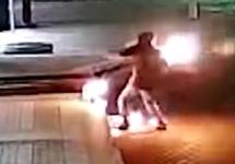 Мэрию Красноярска атаковали с коктейлями Молотова