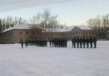 СМИ: В Ленинградской области у войсковой части нашли самодельную бомбу