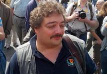 Писатель Быков госпитализирован в тяжелом состоянии