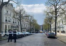 Лондон: неизвестный врезался в машину посла Украины, полиция открыла стрельбу