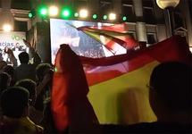 На выборах в Испании победили социалисты, ультраправые впервые прошли в парламент