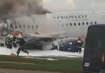 ТАСС: При эвакуации из горящего SSJ-100 не было давки из-за ручной клади