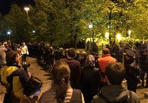 Екатеринбург: ОМОН вытесняет защитников сквера, семеро задержанных