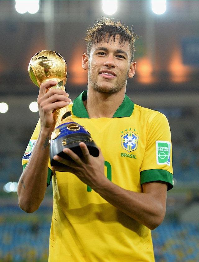 ТОП 10 богатейших футболистов мира