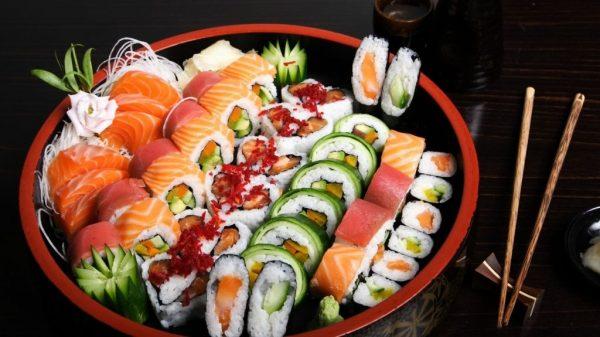 Быстрая доставка суши и роллов из Якитории